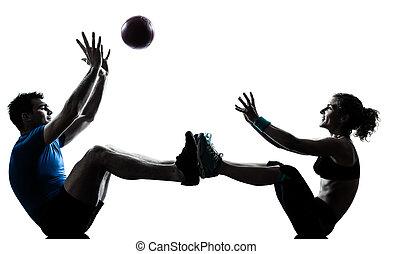 mann- frau, trainieren, workout, werfen, eignung- kugel