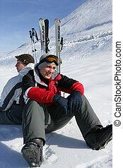 mann, friends, zwei, ski fahrend