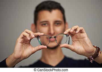 mann, halten gläsern, in, hände