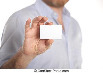 Mann mit Visitenkarte