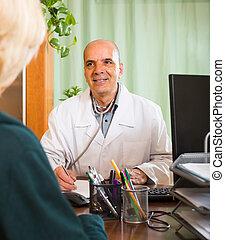 mann, patient, weiblicher doktor