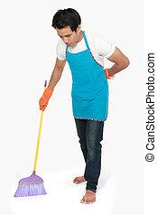 Mann putzen boden sie boden junges schauen putzen for Boden putzen