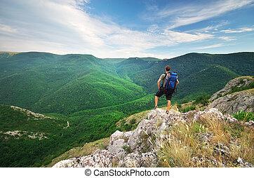 mann, tourist, in, berg