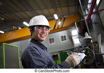 mannelijke , aziaat, industriebedrijven, werktuigkundige