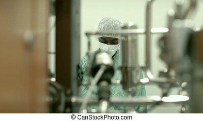 mannelijke , onderzoeker, in, biotech, industrie