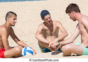 mannen, strand, drie, relaxen, jonge