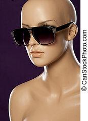 Mannequin wearing fashion sunglasses