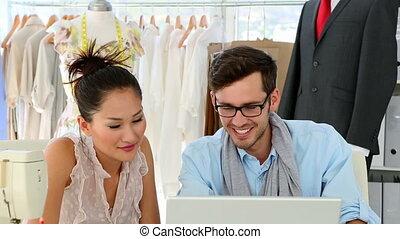 mannschaft, mode, arbeitend zusammen, design