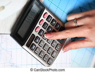 mano, con, calculator., finanzas, y, contabilidad, business.