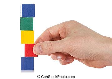 mano, establishes, un, de madera, cubo