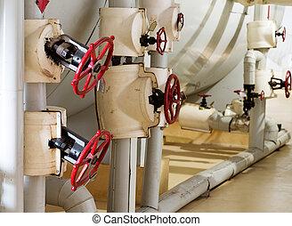 manometro, rubinetto, stanza, tubi per condutture, sistema, riscaldamento, closeup, caldaia, valvole