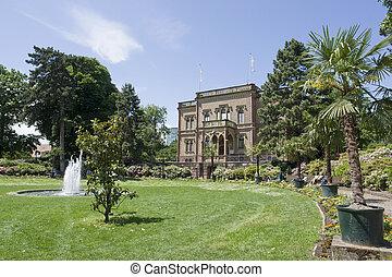 manor house in Freiburg - mansion with park in Freiburg im...