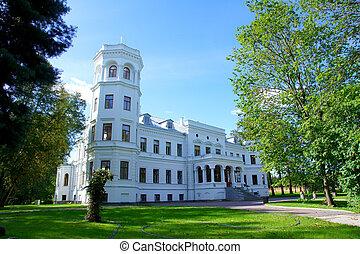 Manor in the central Estonia. 18 century. Puurmani.