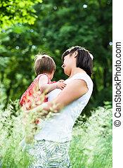 manos, asideros, hija, joven, madre