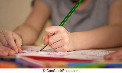 manos, de, padres, y, niño, dibujo, juntos, familia feliz, tener diversión, juntos