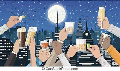 manos, grupo, anteojos de valor en cartera, con, bebidas