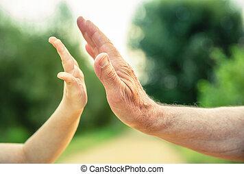 manos, hombre, niño, 3º edad, cinco, naturaleza, dar