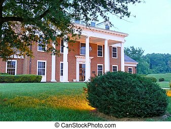 Mansion   20726 - Big mansion in the south.