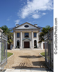 Mansion - An image of a millionaires mansion