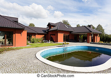 Mansion with swimming pool - An elegant mansion with a...