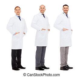 manteau, blanc, heureux, médecins