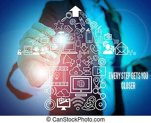 mantenha, mulher negócio, escrita, adquire, passo, metas, seu, cada, foto, em movimento, paleto, usando, apresentando, device., mostrando, alcance, esperto, objetivos, nota, trabalho, tu, showcasing, apresentação, closer., desgaste, formal