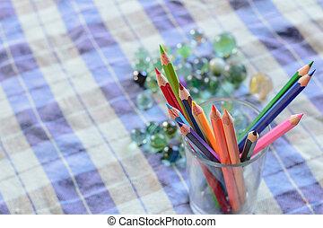 color wood pencils