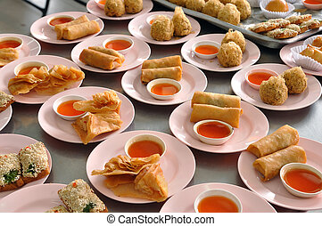Many fried dimsum sell for customer.
