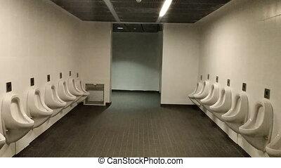 Route to man's toilet.