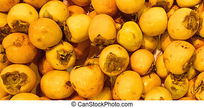 many of the persimmon (kaki)