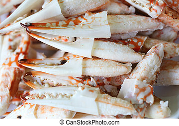 Many Pincers ready to eat