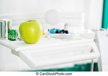 manzana, y, equipo dental