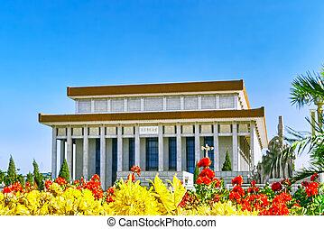 mao zedong mausoleum, på, tiananmen, square-, den, tredje, störst, fyrkant, in, världen, beijing.
