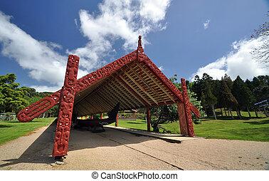 Carved moari war canoe at the Waitangi Treaty area, North island, new Zealand