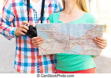 mapa, ciudad, pareja, arriba, cámara, cierre