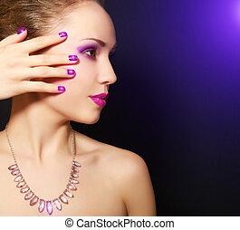 maquilagem, manicure
