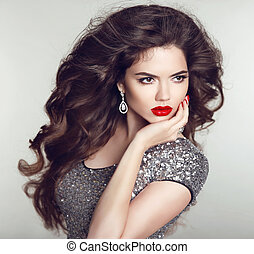 maquillage, hair., girl, séduisant, femme, luxe, beauté, nails., brunette, mode, jewelry., jeune, sain, manucuré, hairstyle., long, lips., modèle, portrait., rouges