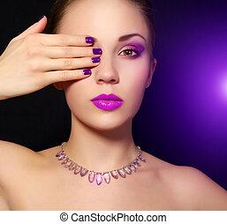 maquillaje, y, manicure., fondo negro