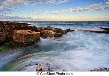 marée, mouvements, autour de, rochers