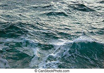 mar tempestuoso, ondas