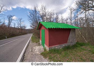 maravilloso, rojo y verde, casa pequeña, en, el, lado, de, un, campaña, ro