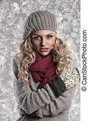 maravilloso, rubio, niña, en, de lana, ropa de invierno