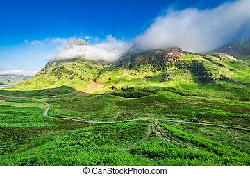 maravilloso, salida del sol, encima, el, montañas, en, glencoe, escocia