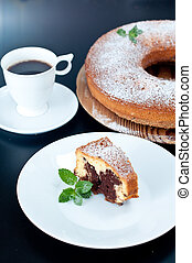 Marble cake with coffee