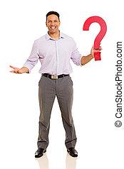 marca pergunta, meio, segurando, homem negócios, envelhecido