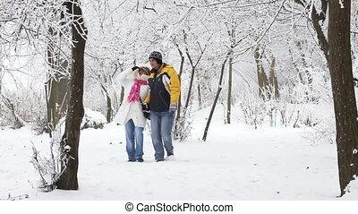 marche, bois, couple, hiver, jeune