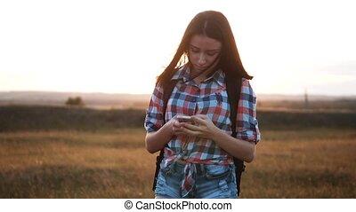 marche, concept, téléphone, droit, vidéo, femme, girl,...