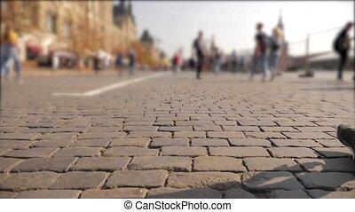 marche, concept, vieux, autour de, foule, gens, inconnu, voyage, brouillé, pavé, arrière-plan., trottoir, square., russie, aller, style de vie, long, moscou, rouges