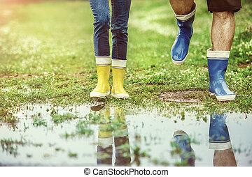 marche, couple, boueux, jeune, détails, nature.
