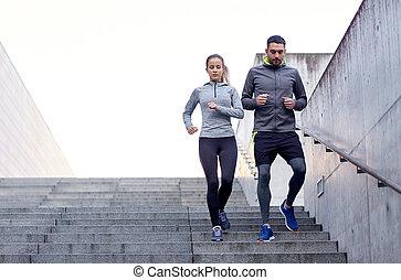 marche couples, bas, sur, stade